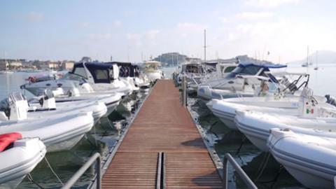Attracchi Temporanei barca Versilia