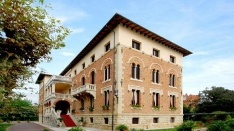 VILLA ARISTON Versilia