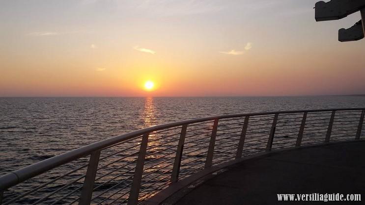 Pontile Lido di Camaiore al tramonto