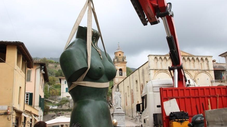 Salvador Dalì a Pietrasanta con bronzi giganti